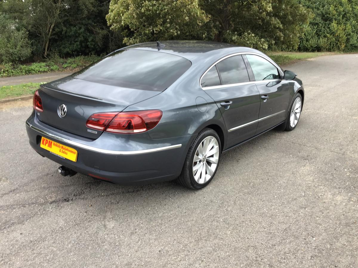 Volkswagen  - CC