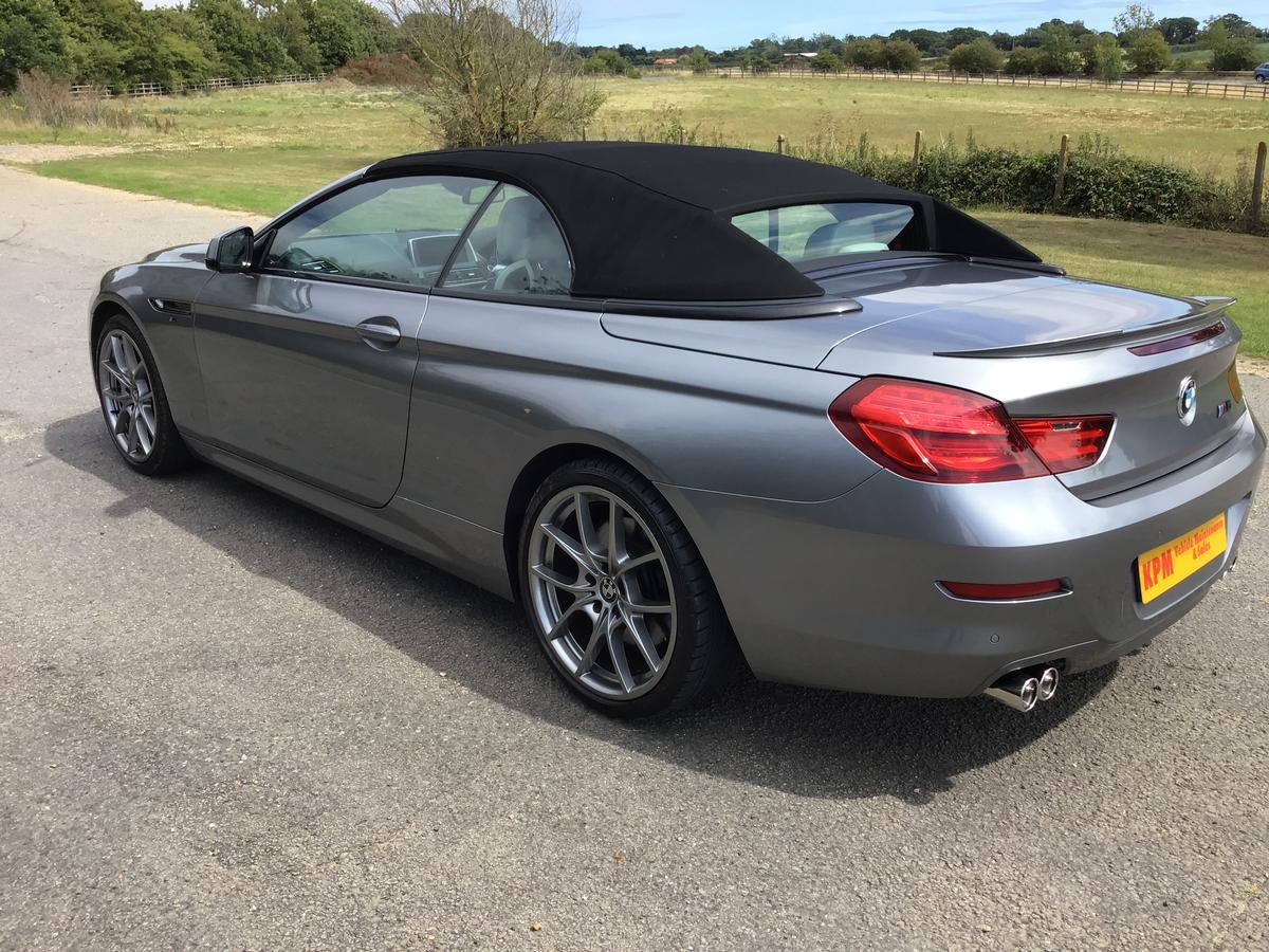 BMW  - M6
