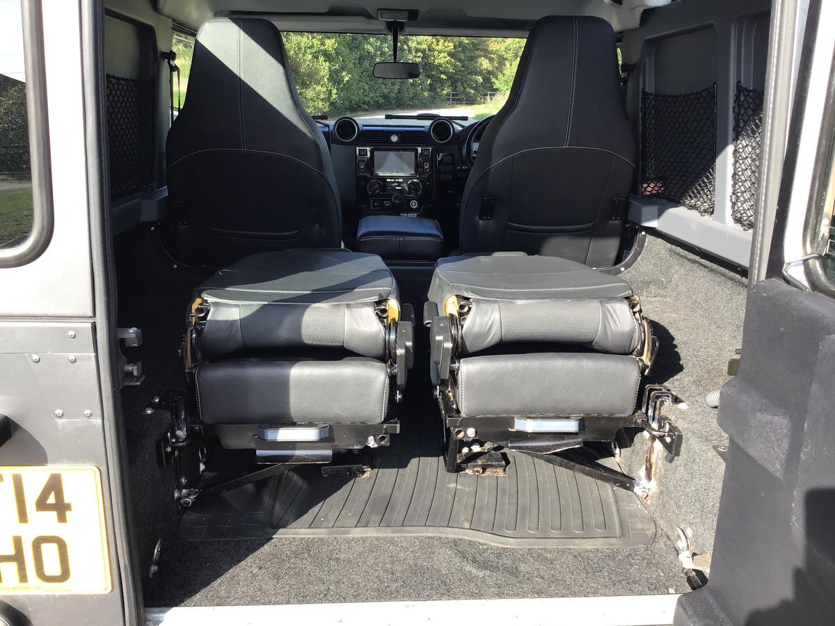 Land Rover  - Defender