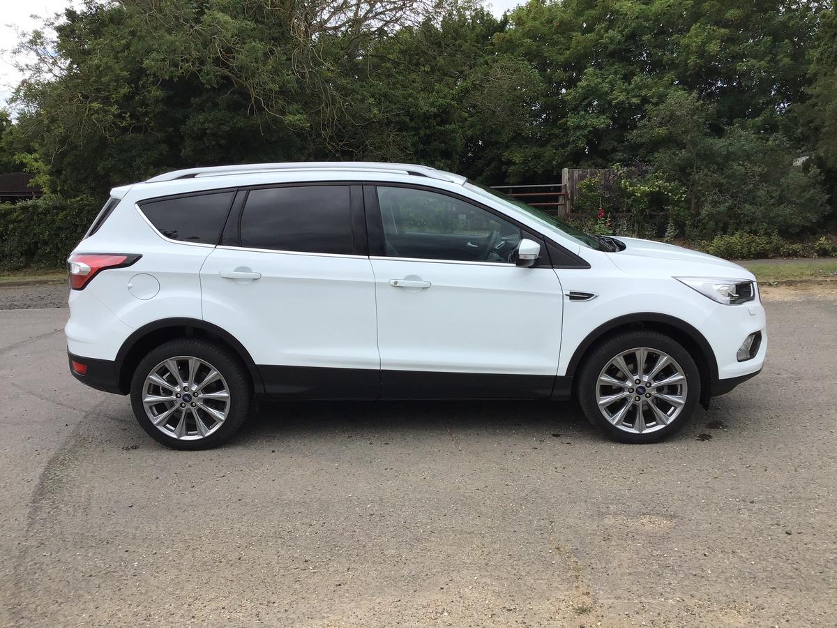 Ford - Kuga Titanium X