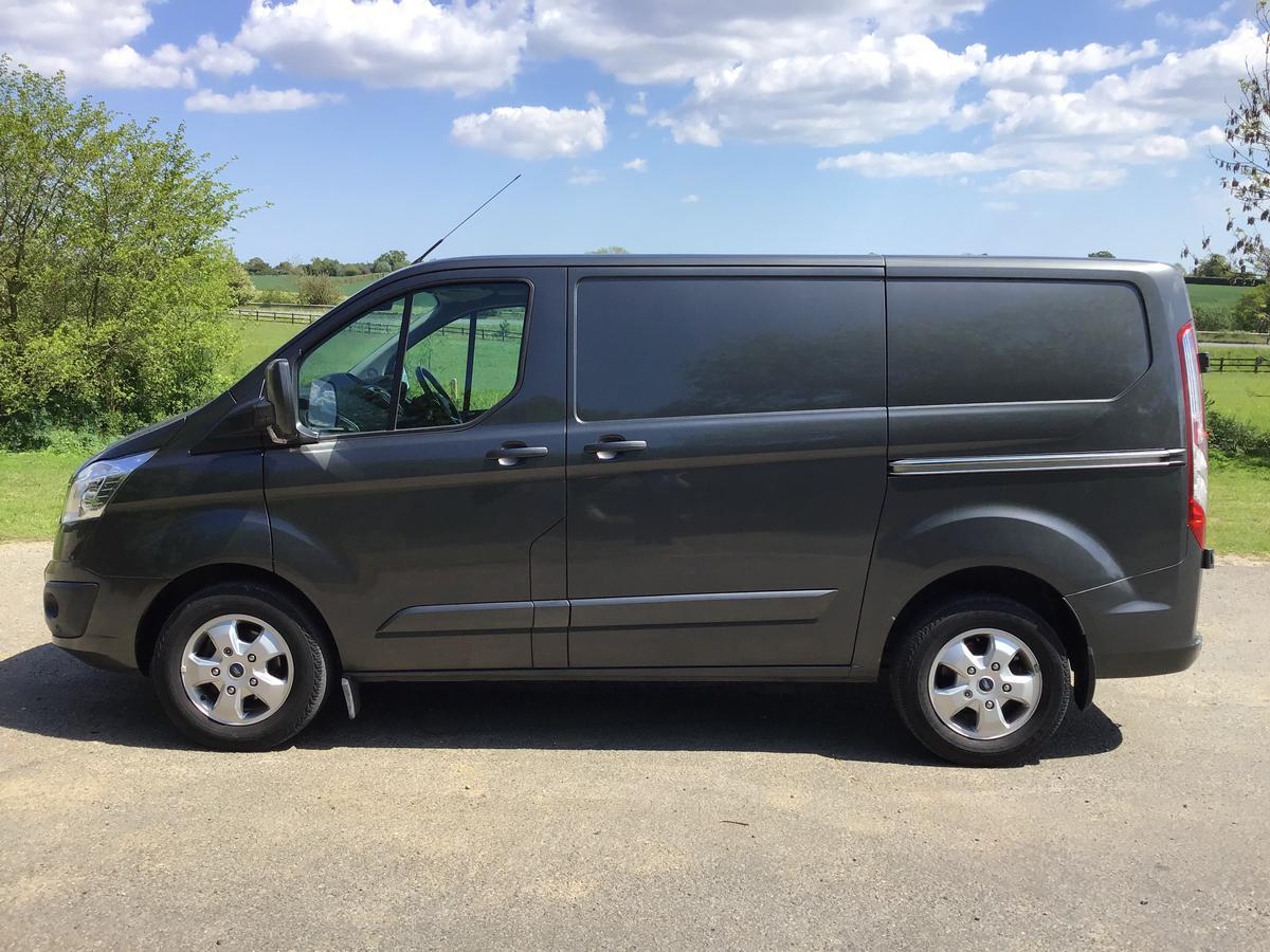 Ford - Transit Custom